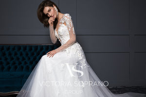 Chic Royal Collection 'Cassandra' Victoria Soprano RTW 20919-305 Ready To Wear European Bridal Wedding Gown Designer Philippines