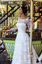 Load image into Gallery viewer, Ma Cherie 'Ofelia' Katherine Joyce Paris RTW 14918-431 Ready To Wear European Bridal Wedding Gown Designer Philippines