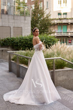 Load image into Gallery viewer, Star of Milan 'Kristi' Victoria Soprano RTW 24620-250 Ready To Wear European Bridal Wedding Gown Designer Philippines