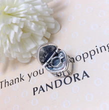 Load image into Gallery viewer, Engagement Pandora charm 92.5 Italy silver
