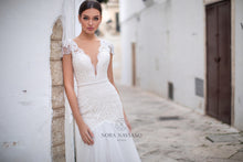 Load image into Gallery viewer, Italian Dream 'Magnolia' Nora Naviano Sposa RTW 18298-371 Ready To Wear European Bridal Wedding Gown Designer Philippines