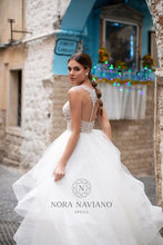 Load image into Gallery viewer, Italian Dream 'Mandy' Nora Naviano Sposa RTW 18303-500