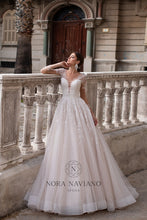Load image into Gallery viewer, Italian Dream 'Maxime' Nora Naviano Sposa RTW 20008-450 Ready To Wear European Bridal Wedding Gown Designer Philippines