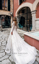 Load image into Gallery viewer, Voyage 'Verona' Nora Naviano Sposa RTW 17348-00 Ready To Wear European Bridal Wedding Gown Designer Philippines