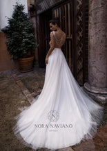 Load image into Gallery viewer, Voyage 'Vessat' Nora Naviano Sposa RTW 1352-00 Ready To Wear European Bridal Wedding Gown Designer Philippines