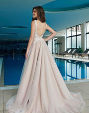 Load image into Gallery viewer, Kiss Collection 'Nora' Trishie Couture RTW Ready To Wear European Bridal Wedding Gown Designer Philippines