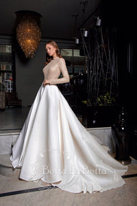 Gracious Birds 'Darina Set' Victoria Soprano RTW 200307-335 Ready To Wear European Bridal Wedding Gown Designer Philippines