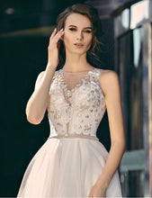 Load image into Gallery viewer, Queen Collection 'Madelaine' Trishie Couture RTW Ready To Wear European Bridal Wedding Gown Designer Philippines