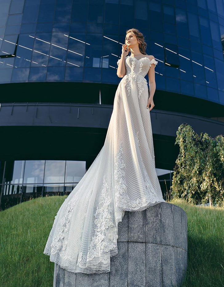 Queen Collection 'Sabrina' Trishie Couture RTW Ready To Wear European Bridal Wedding Gown Designer Philippines