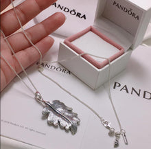 Load image into Gallery viewer, Pandora Oak Necklace  92.5 Italy silver