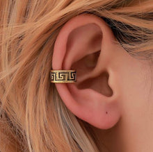 Load image into Gallery viewer, Athena Classics Earings in 'Kim'