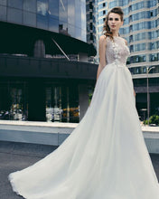 Load image into Gallery viewer, Queen Collection 'Valentine' Trishie Couture RTW Ready To Wear European Bridal Wedding Gown Designer Philippines