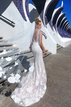 Load image into Gallery viewer, Valencia Dreams 'Berta' Elly Haute Couture RTW MB-063-359 Ready To Wear European Bridal Wedding Gown Designer Philippines