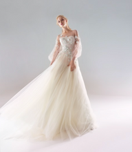 Load image into Gallery viewer, Papilio Bridal Wedding Dress SALE Collection RTW 18/1907L-220 (Size 38)