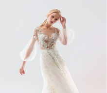 Load image into Gallery viewer, Papilio Bridal Wedding Dress SALE Collection RTW 18/1911L-200 (Size 44)