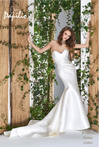 Papilio Bridal Wedding Dress SALE Collection RTW 1801-100 (Size 38)