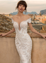 Load image into Gallery viewer, Sicilia 'Annetta Bordonaro' Innocentia RTW INL2001-1400 Ready To Wear European Bridal Wedding Gown Designer Philippines