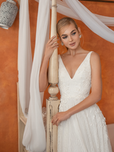 Load image into Gallery viewer, Casablanca 'Renata' Innocentia RTW INW 2054-400 Ready To Wear European Bridal Wedding Gown Designer Philippines