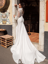 Load image into Gallery viewer, Taormina 'Agostina' Innocentia RTW INW 1901-380 Ready To Wear European Bridal Wedding Gown Designer Philippines