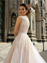 Load image into Gallery viewer, Renascence 'Simonetta Cattaneo' Innocentia RTW INWI 1805-540 Ready To Wear European Bridal Wedding Gown Designer Philippines