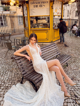 Load image into Gallery viewer, Lisboa 'Isabel De Aragao' Innocentia RTW INLI 1909-1170 Ready To Wear European Bridal Wedding Gown Designer Philippines