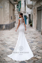 Load image into Gallery viewer, Italian Dream 'Matty' Nora Naviano Sposa RTW 19024-106 Ready To Wear European Bridal Wedding Gown Designer Philippines