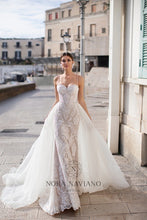 Load image into Gallery viewer, Italian Dream 'Macy' Nora Naviano Sposa RTW 18291-480 Ready To Wear European Bridal Wedding Gown Designer Philippines