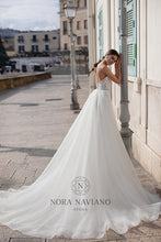Load image into Gallery viewer, Italian Dream 'Macy' Nora Naviano Sposa RTW 18291-480
