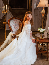 Load image into Gallery viewer, Memories  'Constance Of Sicily' Innocentia RTW INL2107-970 Ready To Wear European Bridal Wedding Gown Designer Philippines