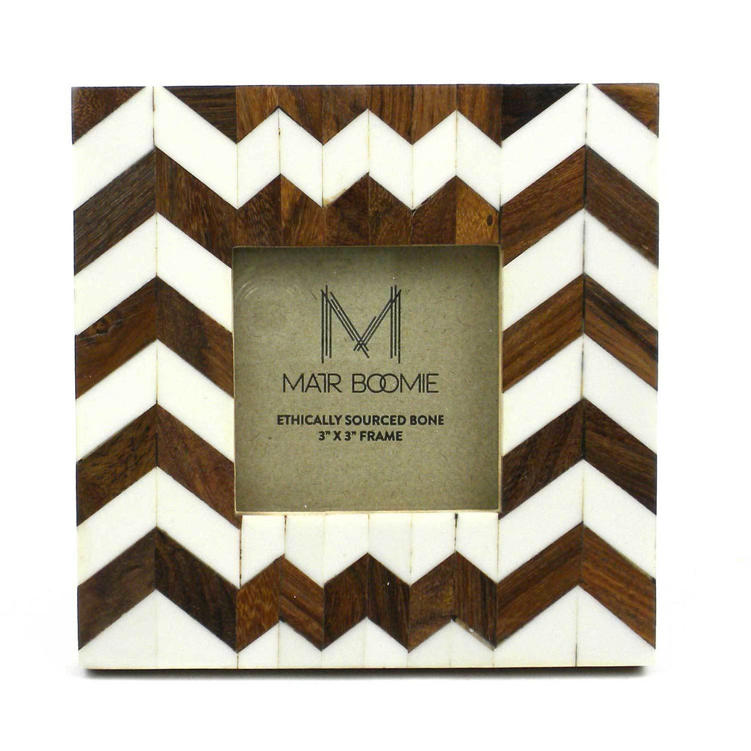 Global Crafts - Rudra Bone and Wood Frame for a 3X3 Photo - Matr Boomie (P)