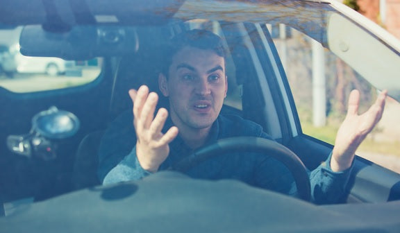 Five annoying things you can relate to if you have a car