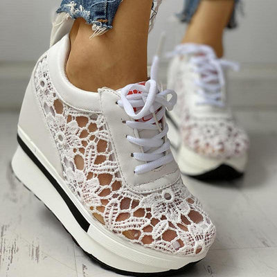 Lace Splicing Muffin Casual Sneakers - GlitterLily