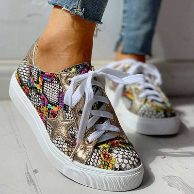 Glitter Lace-Up Star Pattern Casual Sneakers - GlitterLily