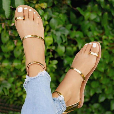 Concise Solid Toe Ring Flat Sandals - GlitterLily