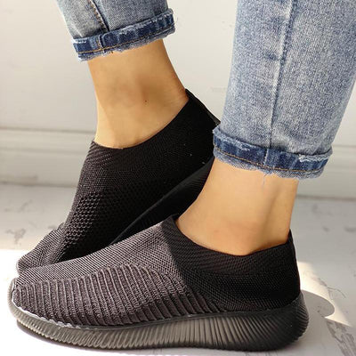 Net Surface Breathable Knitting Shoes - GlitterLily