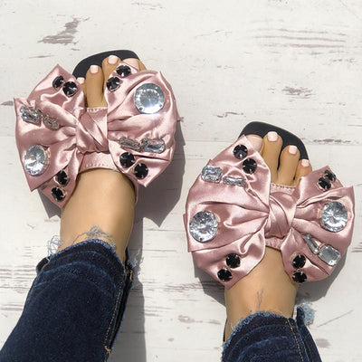 Exaggerated Bowknot Shiny Decorated Flat Sandals - GlitterLily