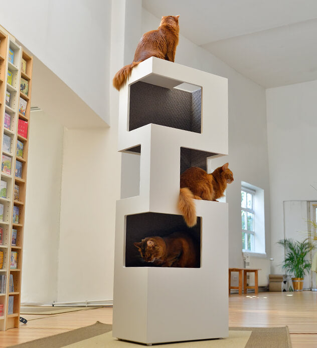 FURST - Very elegant upscale design cat tree in white or anthracite colors and in anthracite, silver or beige sisal