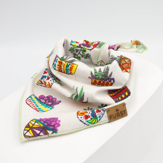 FURST - Elegant 100 cotton bandana for cat with colorful and quilting patterns