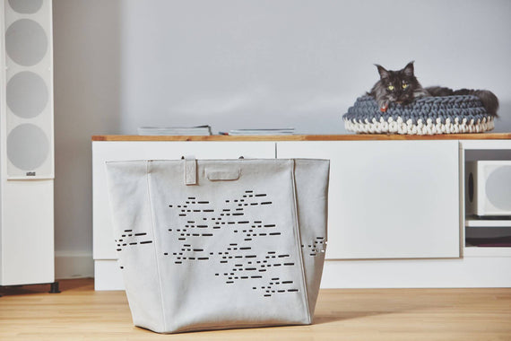 FURST - Elegant travel bag for the transport of your cat in flexible suede colored cement