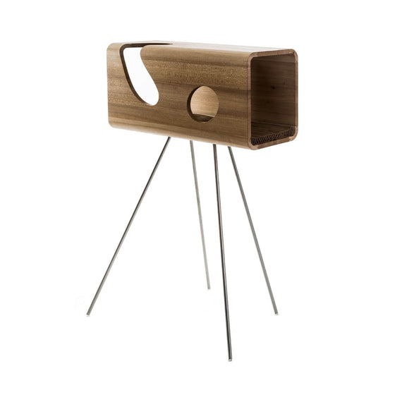 FURST - Legno lair for cat in elm with a wavy camel leather cushion on its pedestal
