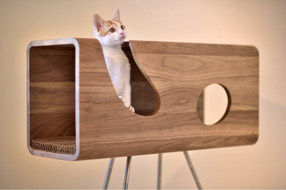 FURST - Legno wooden cat den on its pedestal