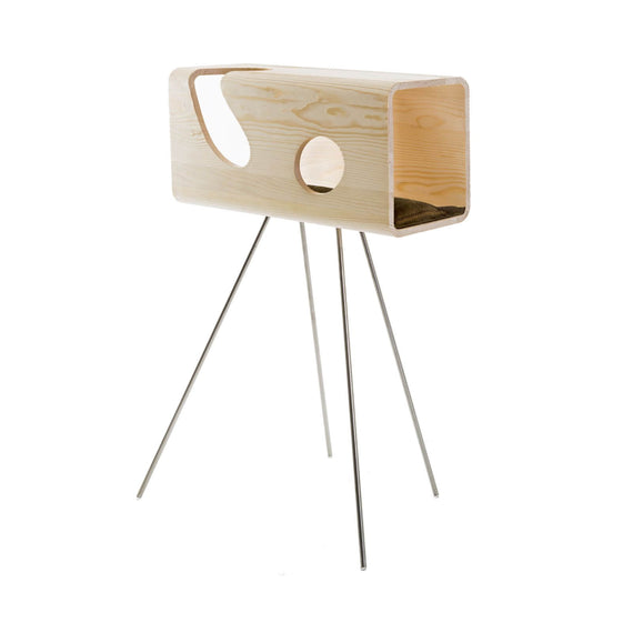 FURST - Legno lair for cats in fir with a camel leather cushion on its pedestal