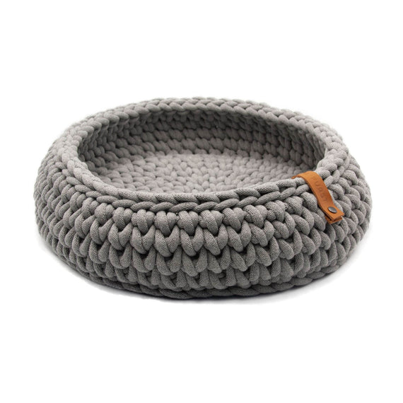 FURST - Oslo cat basket in delicate silver cotton