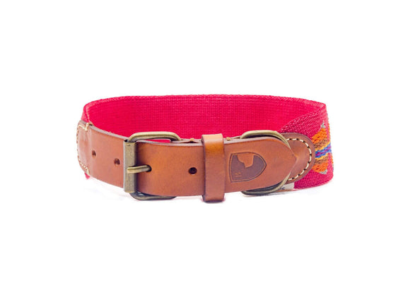 FURST - High-end Bohemian collar for medium and large dogs in vegetable tanned leather and organic cotton in red color