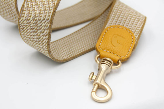 FURST - High-end Windsor leash for medium and large dogs in high quality French vegetable leather in yellow color