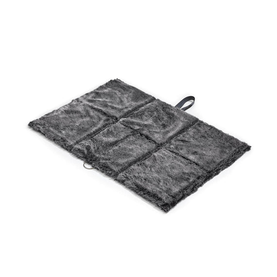 FURST - Exit mat in folding format for medium dog in graphite and anthracite color in faux fur