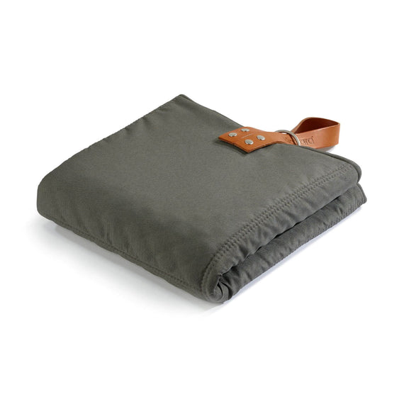 FURST - Slate and pebble color folding exit mat for medium dogs