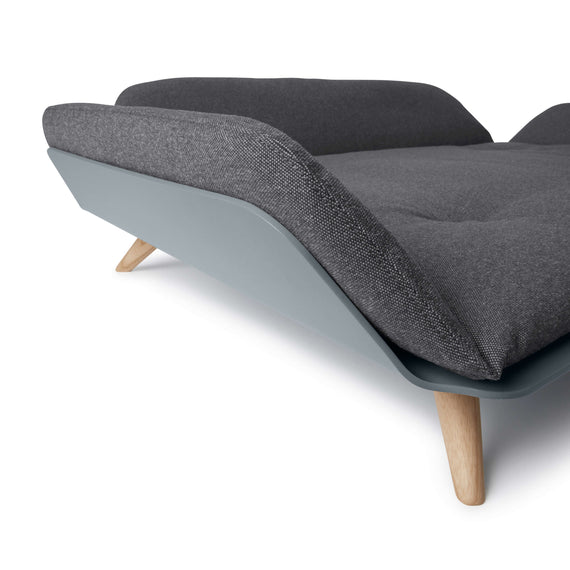 FURST - Angle view of the Letto medium size steel dog sofa