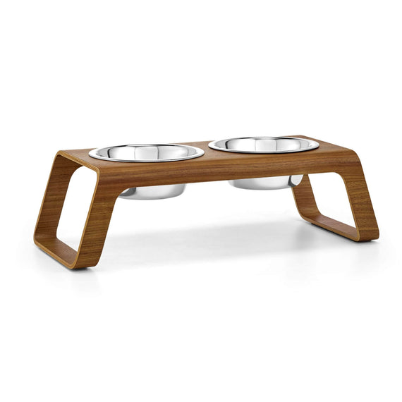 FURST - Double bowls with high-end booster for medium walnut colored dog
