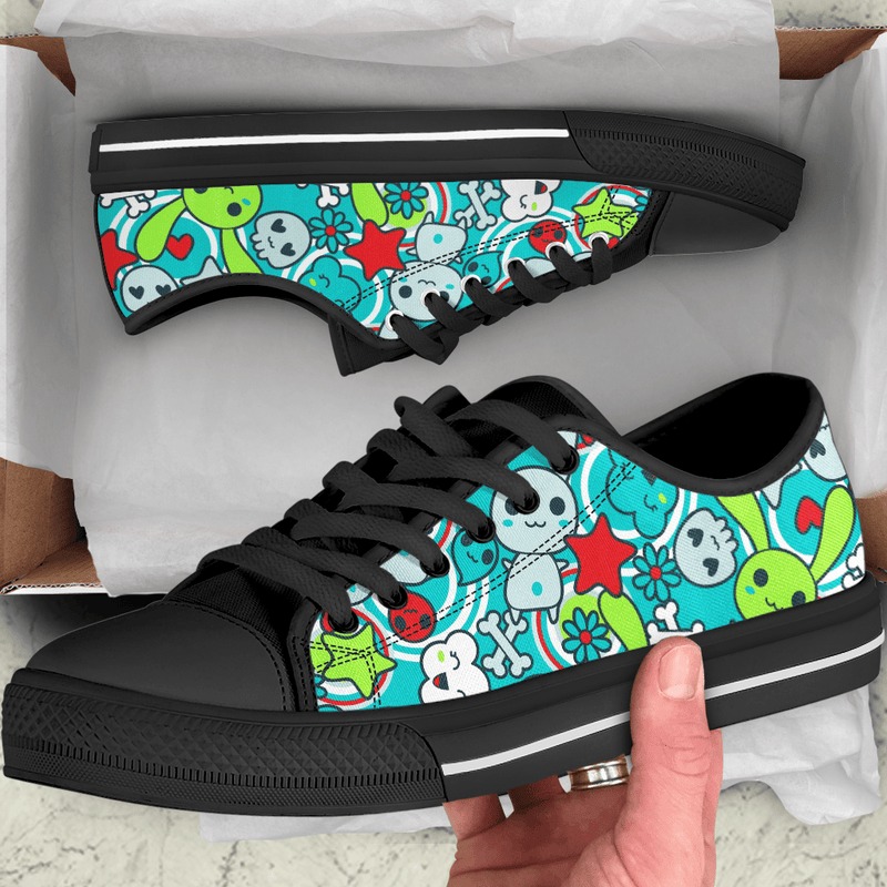 So Kawaii Shop The Kawaii Goth Bunny Electric Bright Low-Top Sneaker